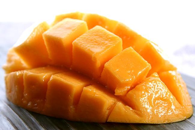 17 raisons pour lesquelles vous avez besoin de consommer une mangue tous les jours!