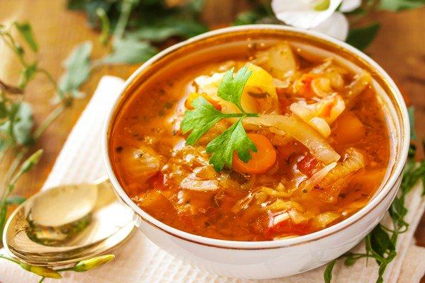 Soupe brûle-graisses saine et délicieuse!