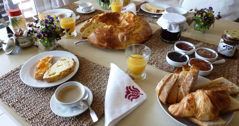 petit-dejeuner-a-laguiole