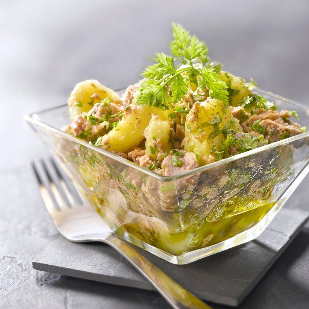 salade-de-pommes-de-terre-au-thon-en-vinaigrette