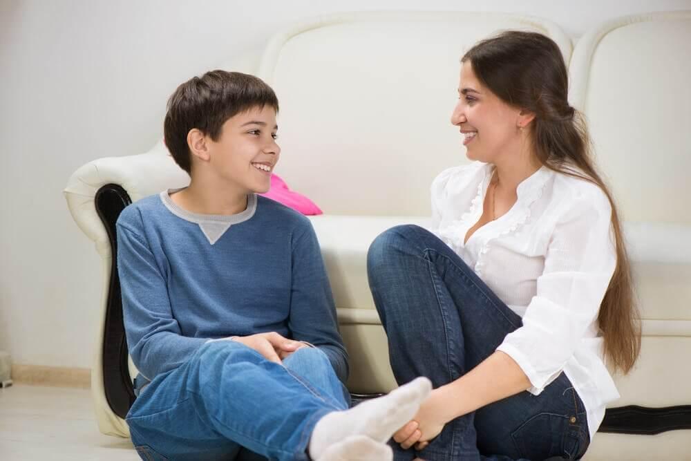 les parents qui manquent de temps doivent essayer d'écouter leurs enfants