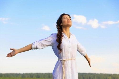 respirer l'air frais pour se détendre rapidement
