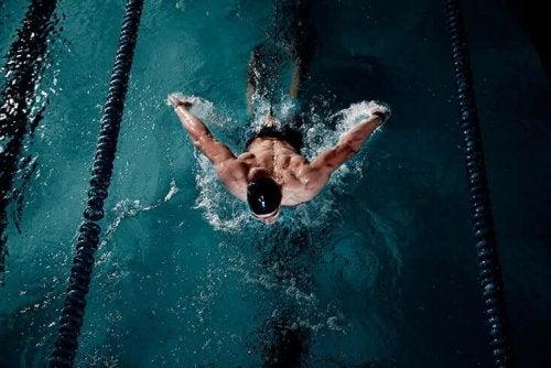 conseils pour apprendre à nager