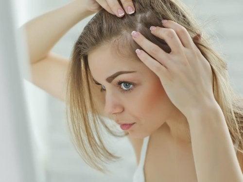 Renforcer les cheveux fins