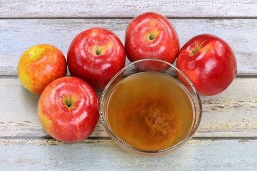 le vinaigre de pomme pour embellir vos ongles